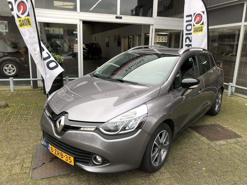 Renault Clio 0.9 TCe Estate Night & Day