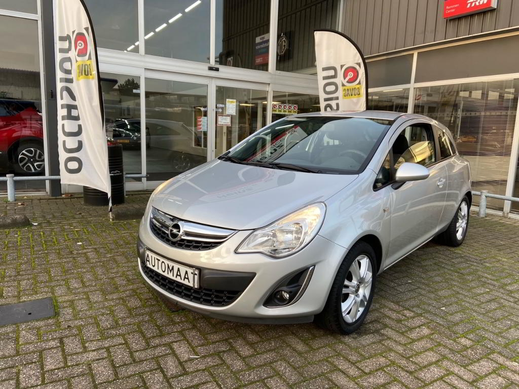 Opel Corsa 1.4 Automaat Edition