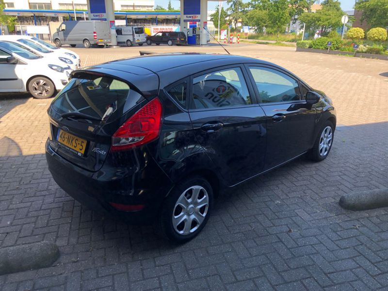 Ford Fiesta Limited 2010 46 NKS 5 3