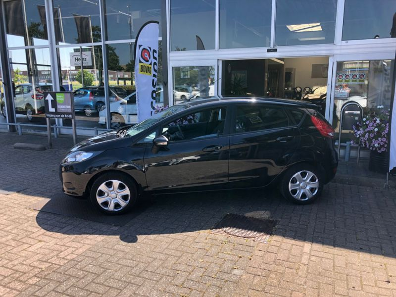 Ford Fiesta Limited 2010 46 NKS 5 4