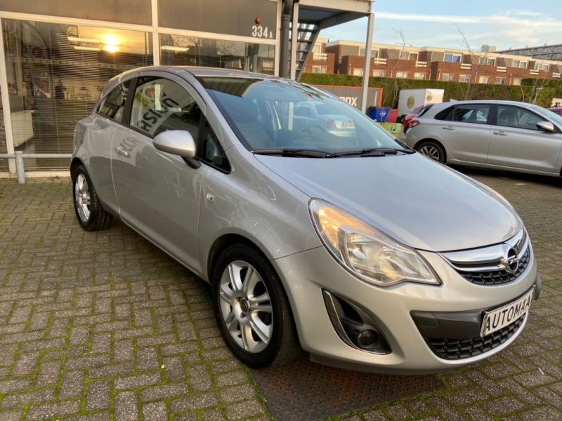 Opel Corsa Automaat 2011 32 SNV 8 3