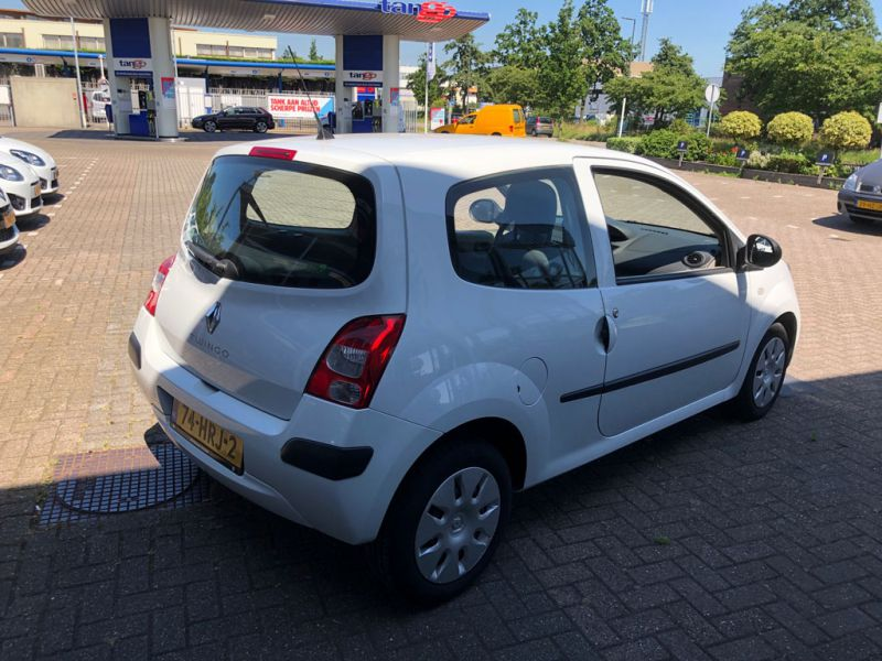 Renault Twingo Authentique 2009 74 HRJ 2 6