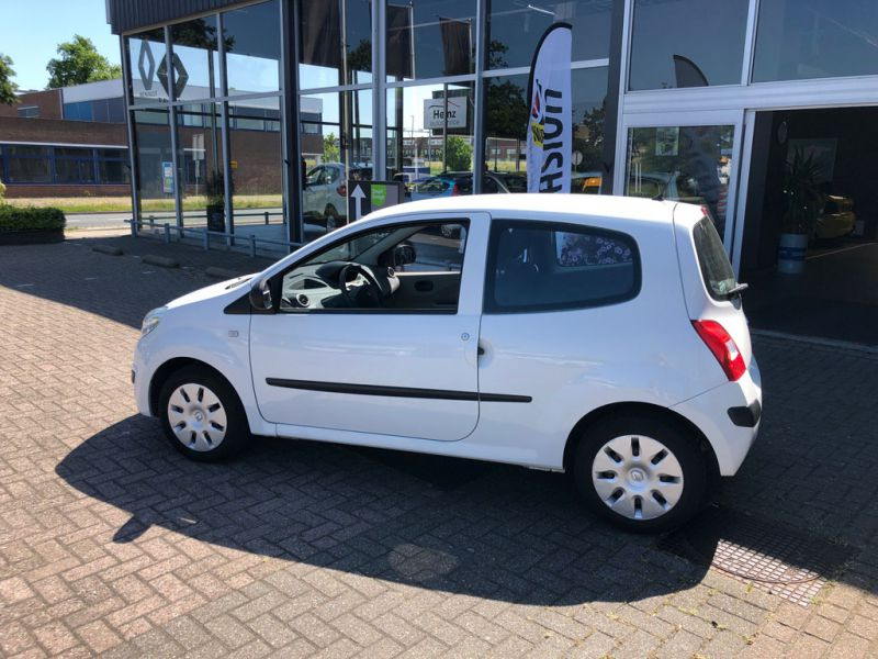 Renault Twingo Authentique 2009 74 HRJ 2 8